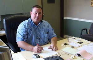ADAM HALL - ASSISTANT MANAGER - 27 years experience in the auto body industry